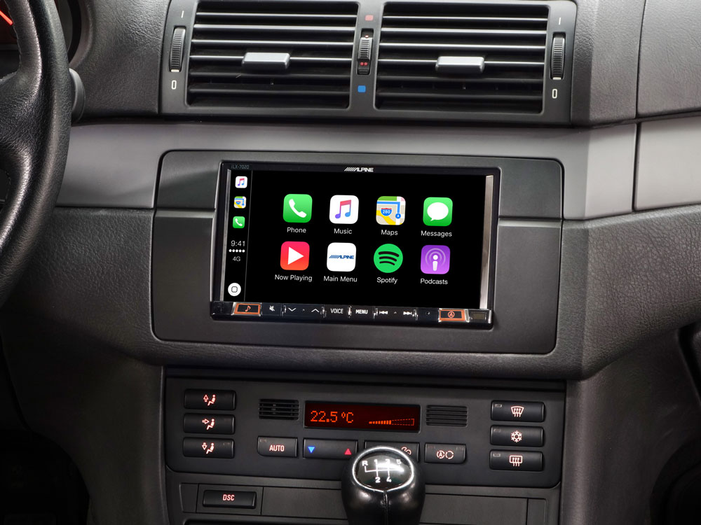 "7"" Mobile Media System for BMW 3-series E46 featuring Apple CarPlay"