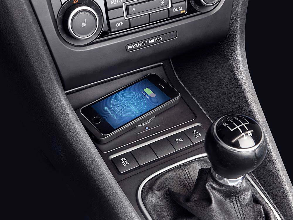 Wireless Charging Console for Volkswagen Golf 6 - Alpine ...